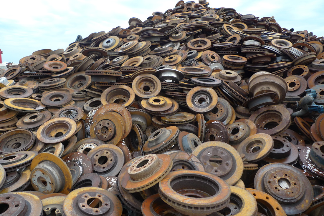 Sell Ferrous Scrap Metal In Calgary Recon Metal